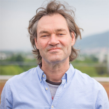 Dr. Sven Lautenbach